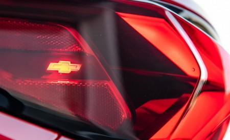 2019 Chevrolet Blazer RS Tail Light Wallpaper 450x275 (33)