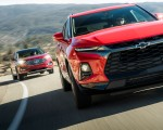 2019 Chevrolet Blazer RS vs 2019 Ford Edge Titanium Front Wallpapers 150x120 (3)