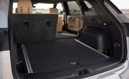 2019 Chevrolet Blazer Trunk Wallpaper 450x275 (62)