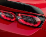 2019 Chevrolet Camaro Turbo 1LE Tail Light Wallpapers 150x120 (20)