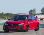 2019 Honda Civic Type R (Color: Rallye Red) Front Three-Quarter Wallpapers 150x120 (18)
