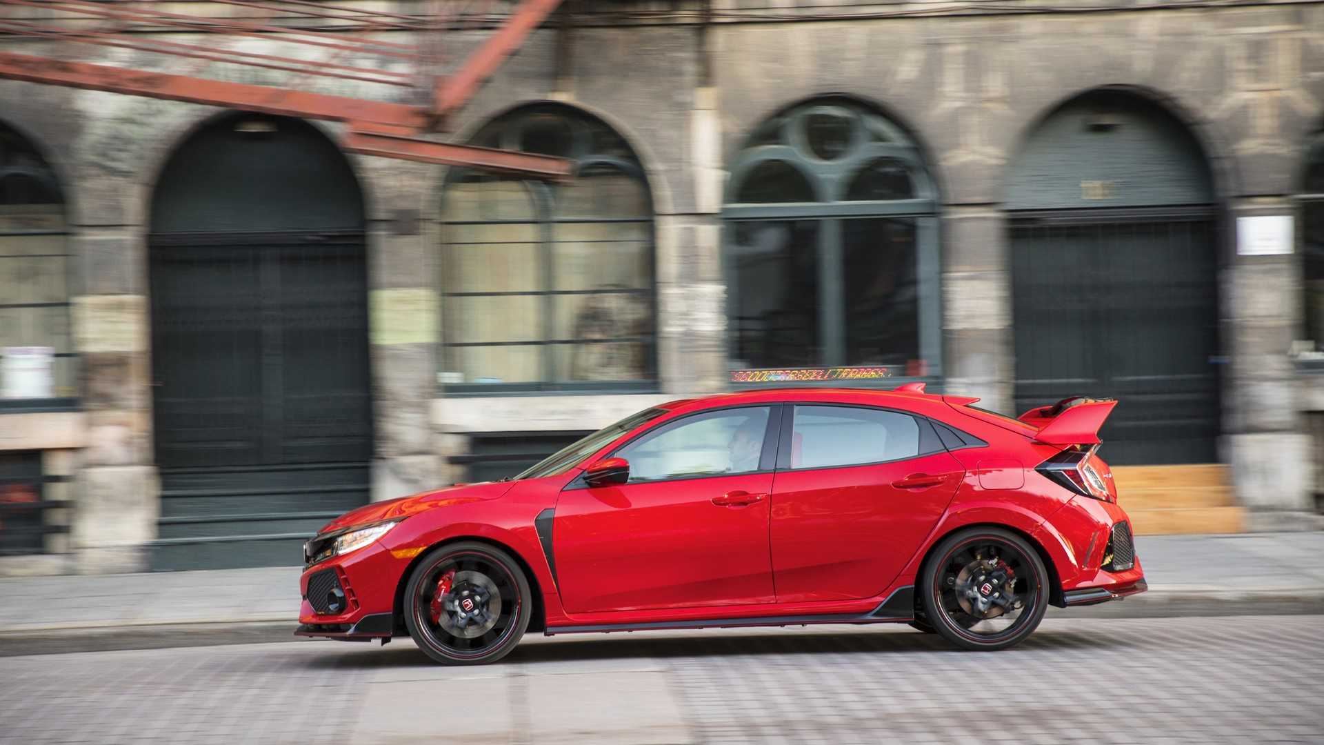 2019 Honda Civic Type R (Color: Rallye Red) Side Wallpapers (14)