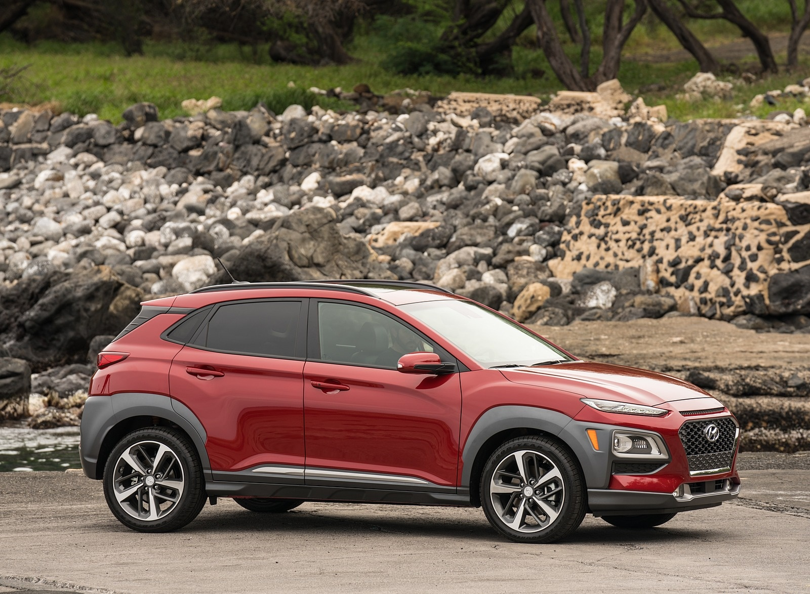 2019 Hyundai Kona Front Three-Quarter Wallpaper (4)