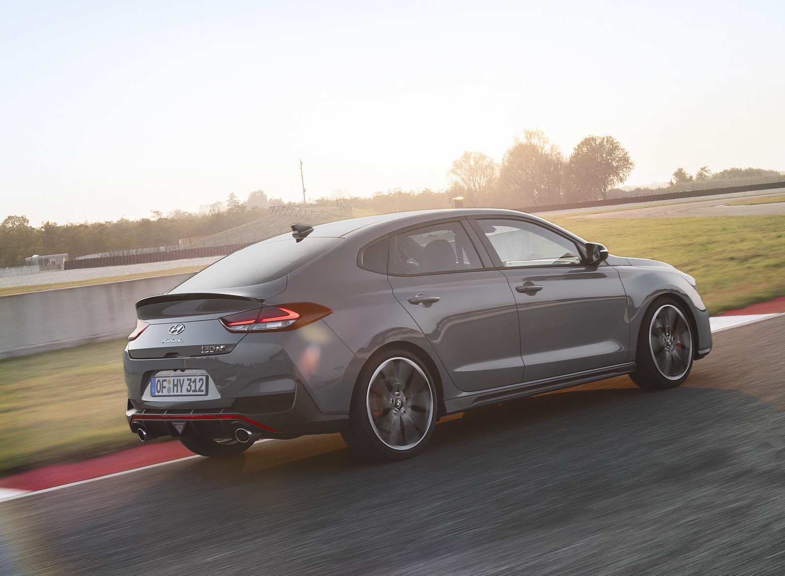 2019 Hyundai i30 Fastback N Rear Three-Quarter Wallpapers (5)