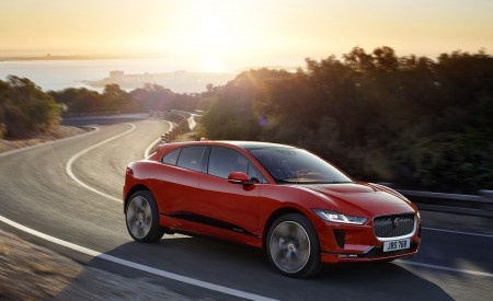 2019 Jaguar I-PACE (Color: Photon Red) Front Three-Quarter Wallpapers 450x275 (81)