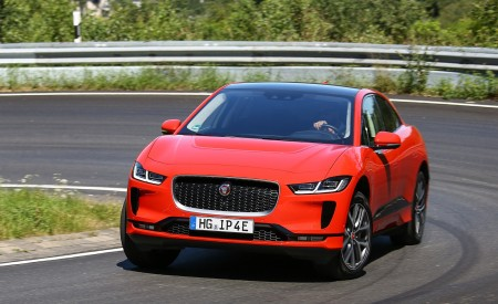 2019 Jaguar I-PACE EV400 AWD HSE First Edition (Color: Photon Red) Front Three-Quarter Wallpapers 450x275 (35)