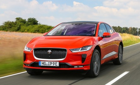 2019 Jaguar I-PACE EV400 AWD HSE First Edition (Color: Photon Red) Front Three-Quarter Wallpapers 450x275 (10)