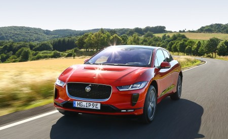 2019 Jaguar I-PACE EV400 AWD HSE First Edition (Color: Photon Red) Front Three-Quarter Wallpapers 450x275 (2)