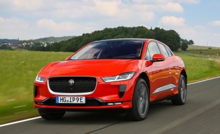 2019 Jaguar I-PACE EV400 AWD HSE First Edition (Color: Photon Red) Front Three-Quarter Wallpapers 450x275 (36)