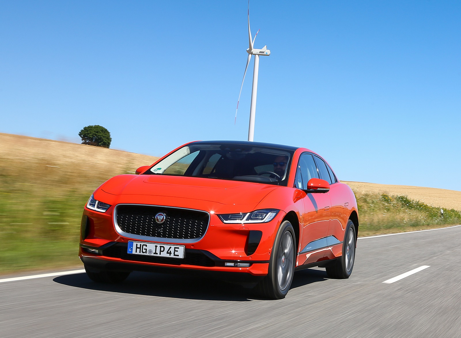 2019 Jaguar I-PACE EV400 AWD HSE First Edition (Color: Photon Red) Front Wallpapers #22 of 192