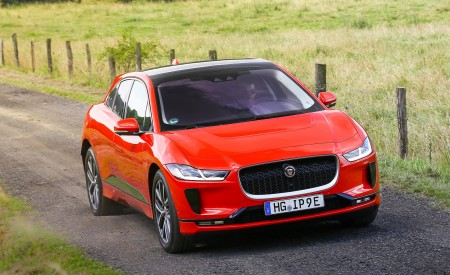 2019 Jaguar I-PACE EV400 AWD HSE First Edition (Color: Photon Red) Front Wallpapers 450x275 (38)