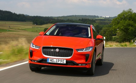 2019 Jaguar I-PACE EV400 AWD HSE First Edition (Color: Photon Red) Front Wallpapers 450x275 (6)