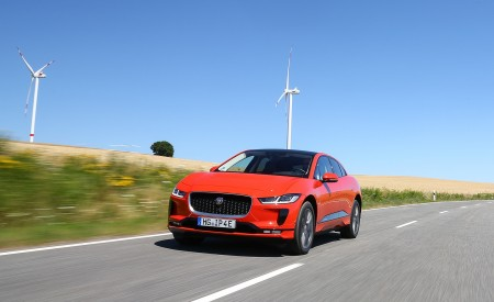 2019 Jaguar I-PACE EV400 AWD HSE First Edition (Color: Photon Red) Front Wallpapers 450x275 (24)