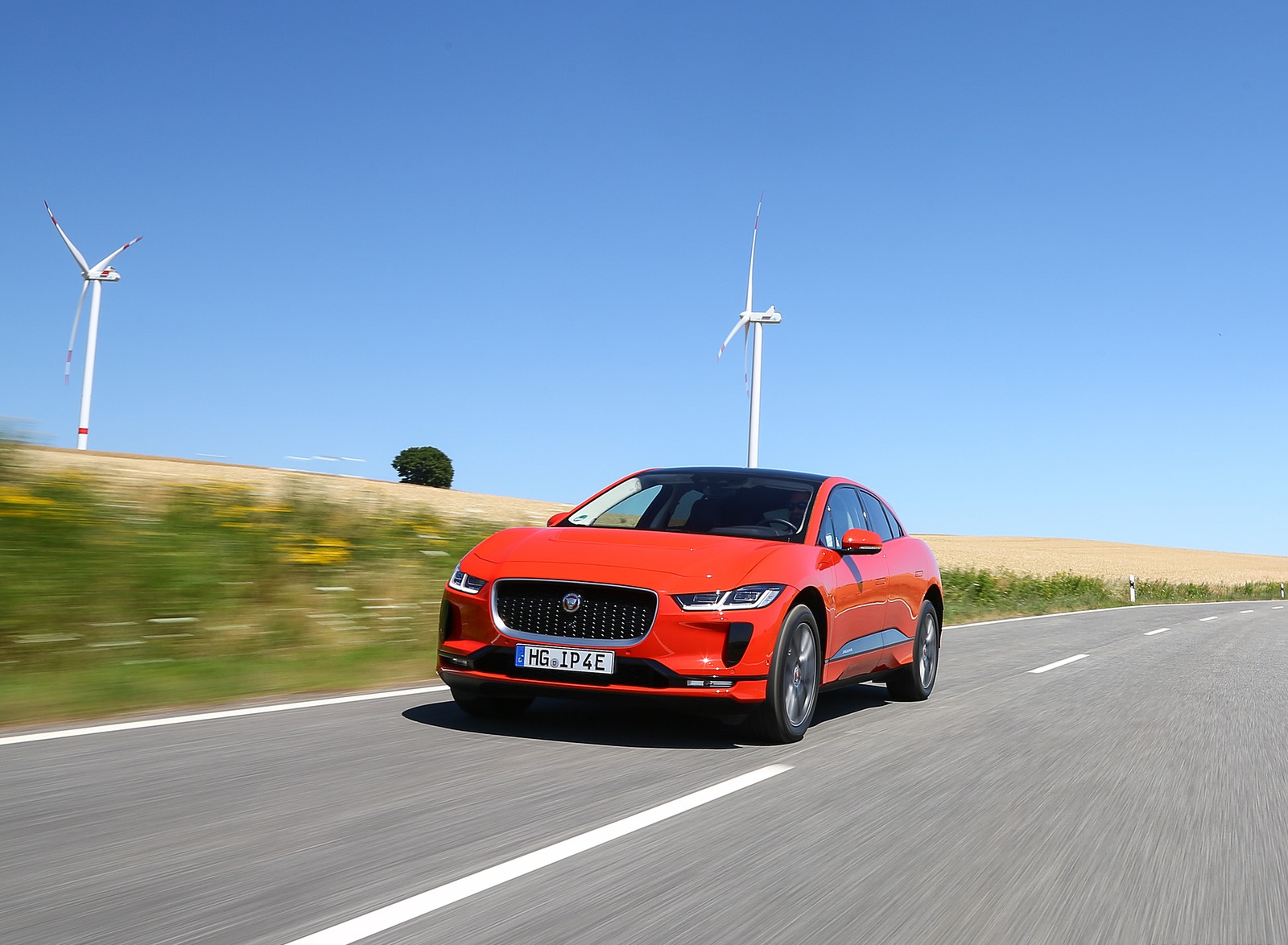 2019 Jaguar I-PACE EV400 AWD HSE First Edition (Color: Photon Red) Front Wallpapers #24 of 192
