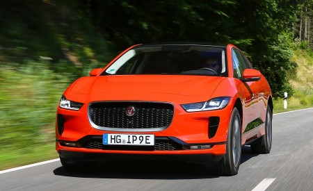 2019 Jaguar I-PACE EV400 AWD HSE First Edition (Color: Photon Red) Front Wallpapers 450x275 (17)