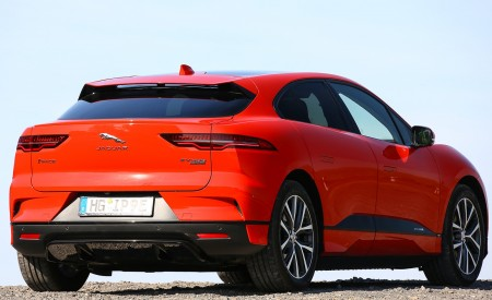 2019 Jaguar I-PACE EV400 AWD HSE First Edition (Color: Photon Red) Rear Three-Quarter Wallpapers 450x275 (59)