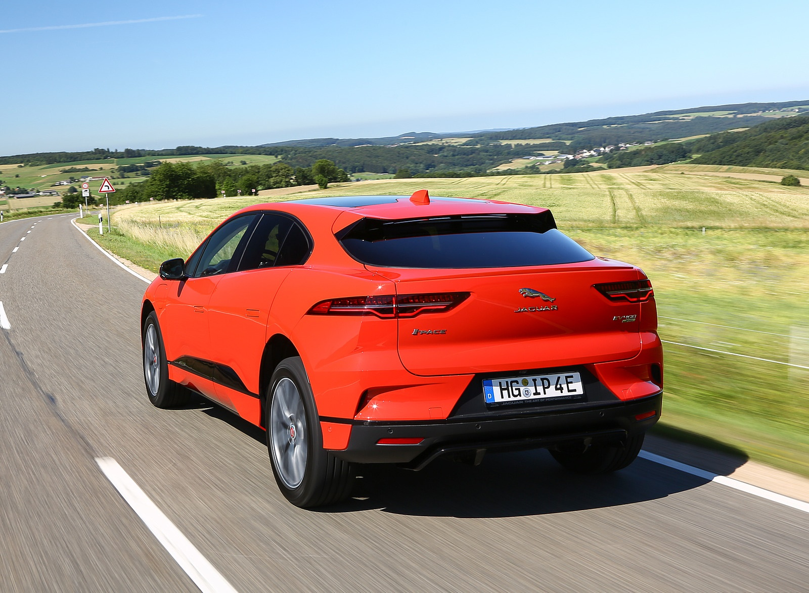 2019 Jaguar I-PACE EV400 AWD HSE First Edition (Color: Photon Red) Rear Three-Quarter Wallpapers #29 of 192