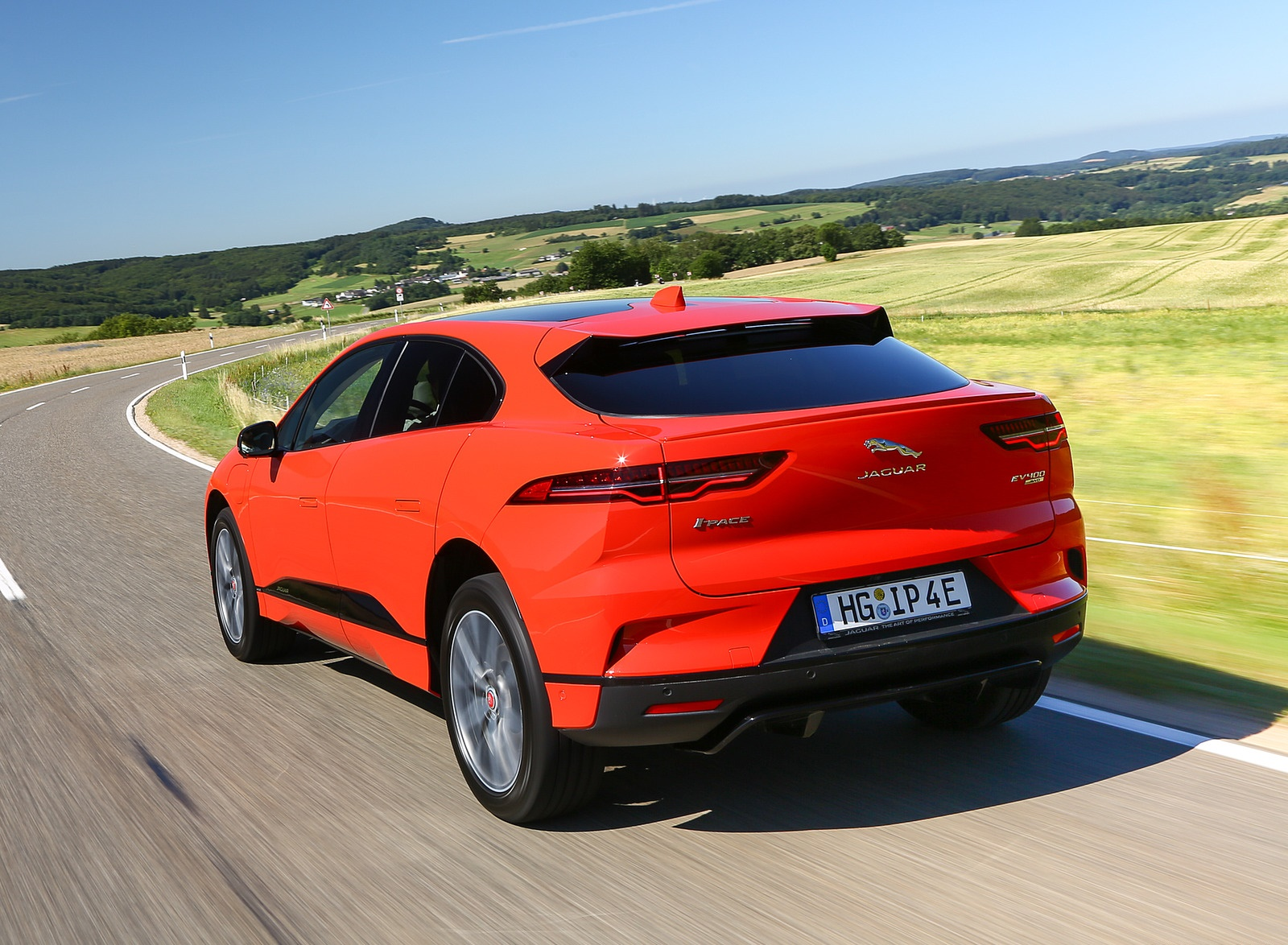 2019 Jaguar I-PACE EV400 AWD HSE First Edition (Color: Photon Red) Rear Three-Quarter Wallpapers #18 of 192