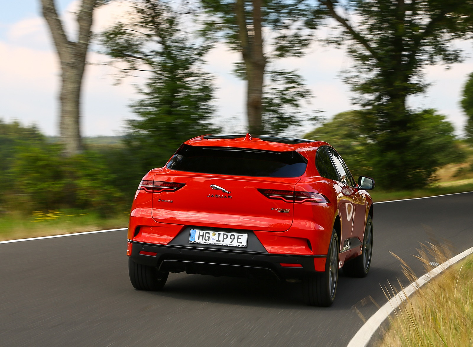 2019 Jaguar I-PACE EV400 AWD HSE First Edition (Color: Photon Red) Rear Wallpapers (8)