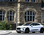 2019 Jaguar I-PACE EV400 AWD S (Color: Yulong White) Front Three-Quarter Wallpapers 150x120