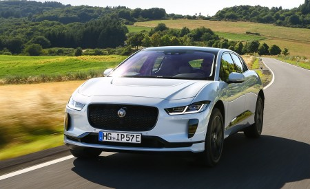 2019 Jaguar I-PACE EV400 AWD S (Color: Yulong White) Front Wallpapers 450x275 (161)