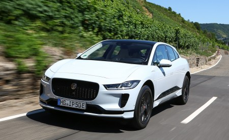 2019 Jaguar I-PACE EV400 AWD S (Color: Yulong White) Front Wallpapers 450x275 (163)