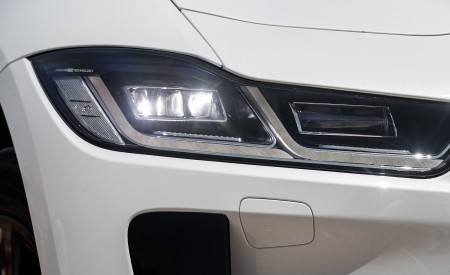 2019 Jaguar I-PACE EV400 AWD S (Color: Yulong White) Headlight Wallpapers 450x275 (183)