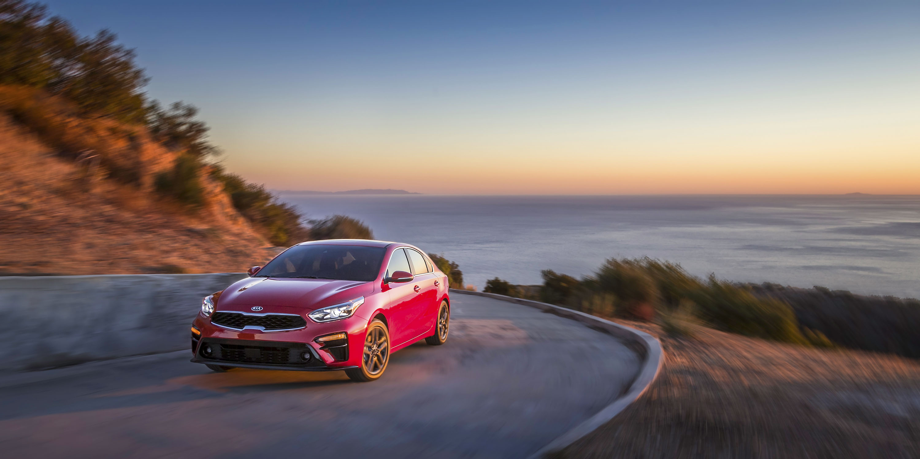 2019 Kia Forte Front Three-Quarter Wallpapers (1)