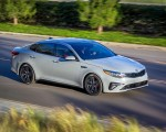 2019 Kia Optima Front Three-Quarter Wallpaper 150x120 (17)