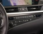 2019 Lexus ES 350 F-Sport Interior Detail Wallpapers 150x120 (29)