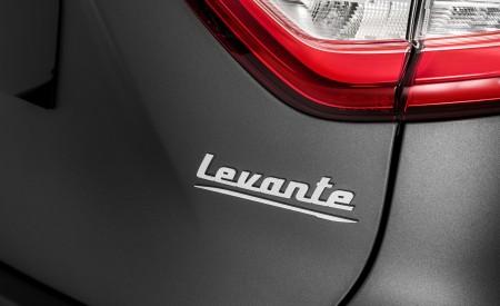 2019 Maserati Levante Trofeo Badge Wallpapers 450x275 (78)
