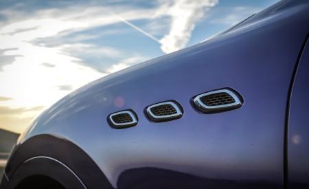 2019 Maserati Levante Trofeo Detail Wallpapers 450x275 (45)