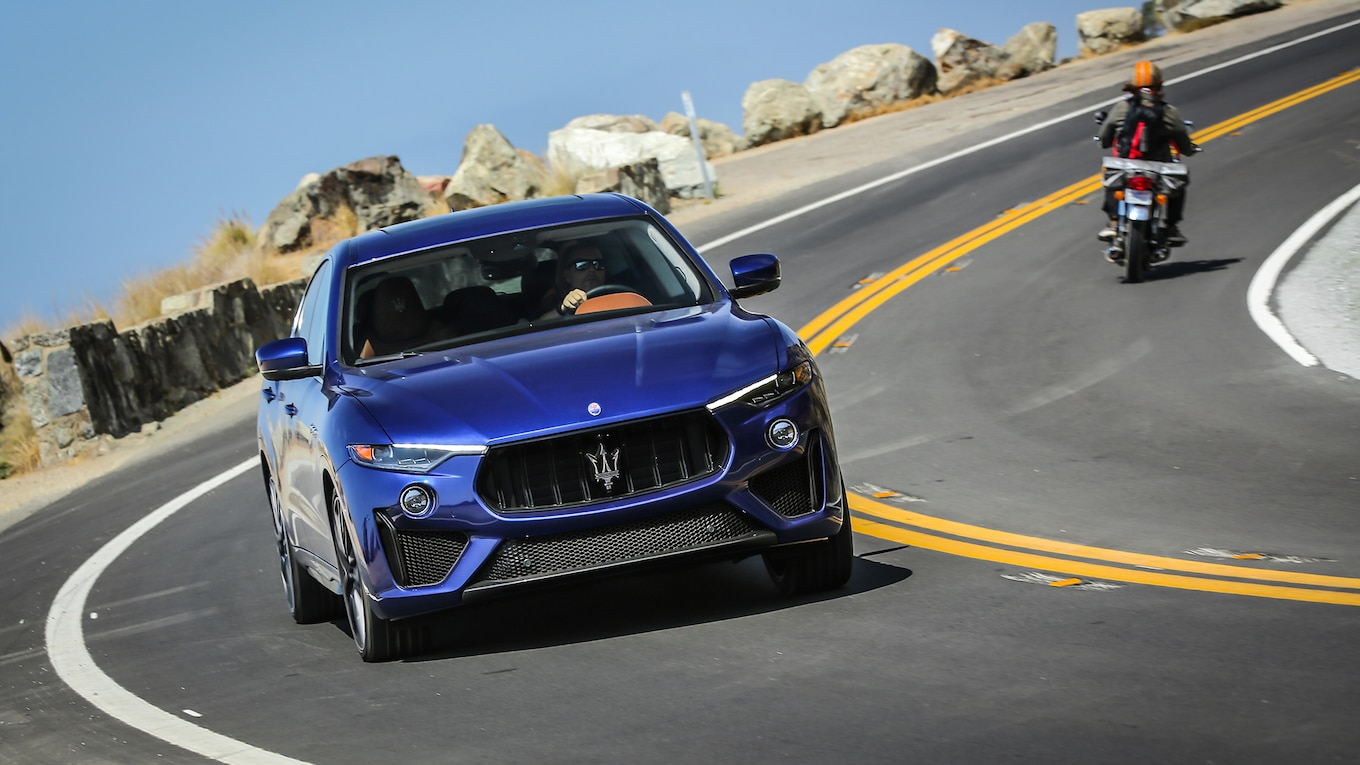 2019 Maserati Levante Trofeo Front Wallpapers (4)