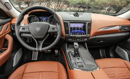 2019 Maserati Levante Trofeo Interior Cockpit Wallpapers 450x275 (70)