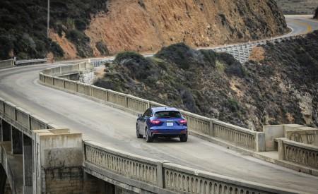 2019 Maserati Levante Trofeo Rear Three-Quarter Wallpapers 450x275 (37)