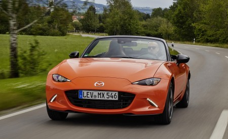 2019 Mazda MX-5 Miata 30th Anniversary Edition Front Wallpapers 450x275 (17)