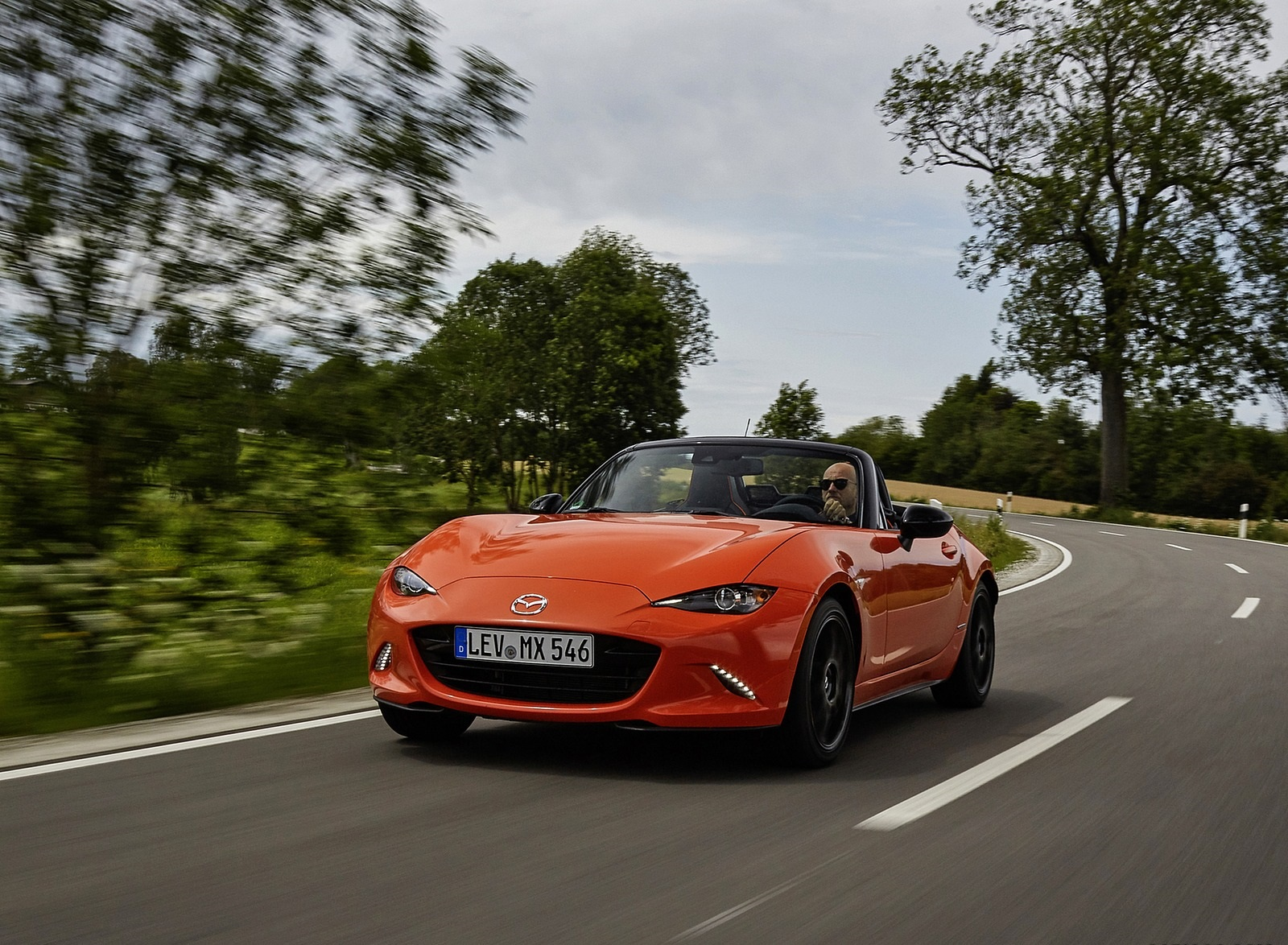 2019 Mazda MX-5 Miata 30th Anniversary Edition Front Wallpapers (11)