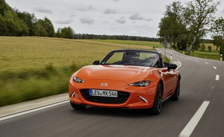 2019 Mazda MX-5 Miata 30th Anniversary Edition Front Wallpapers 450x275 (30)