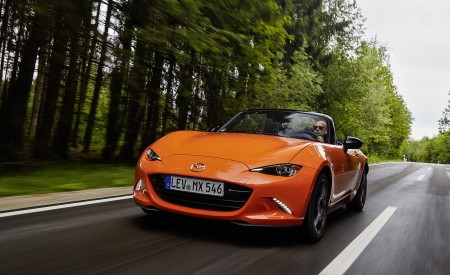2019 Mazda MX-5 Miata 30th Anniversary Edition Front Wallpapers 450x275 (20)