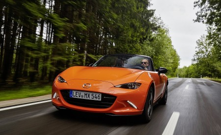 2019 Mazda MX-5 Miata 30th Anniversary Edition Front Wallpapers 450x275 (22)