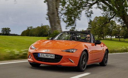 2019 Mazda MX-5 Miata 30th Anniversary Edition Front Wallpapers 450x275 (34)