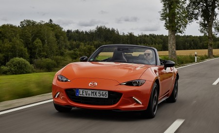 2019 Mazda MX-5 Miata 30th Anniversary Edition Front Wallpapers 450x275 (23)