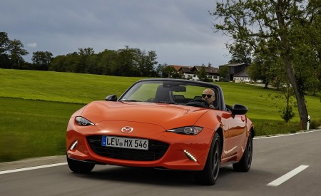 2019 Mazda MX-5 Miata 30th Anniversary Edition Front Wallpapers 450x275 (41)