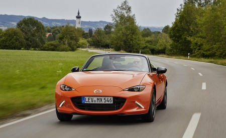 2019 Mazda MX-5 Miata 30th Anniversary Edition Front Wallpapers 450x275 (35)