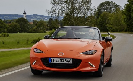 2019 Mazda MX-5 Miata 30th Anniversary Edition Front Wallpapers 450x275 (24)