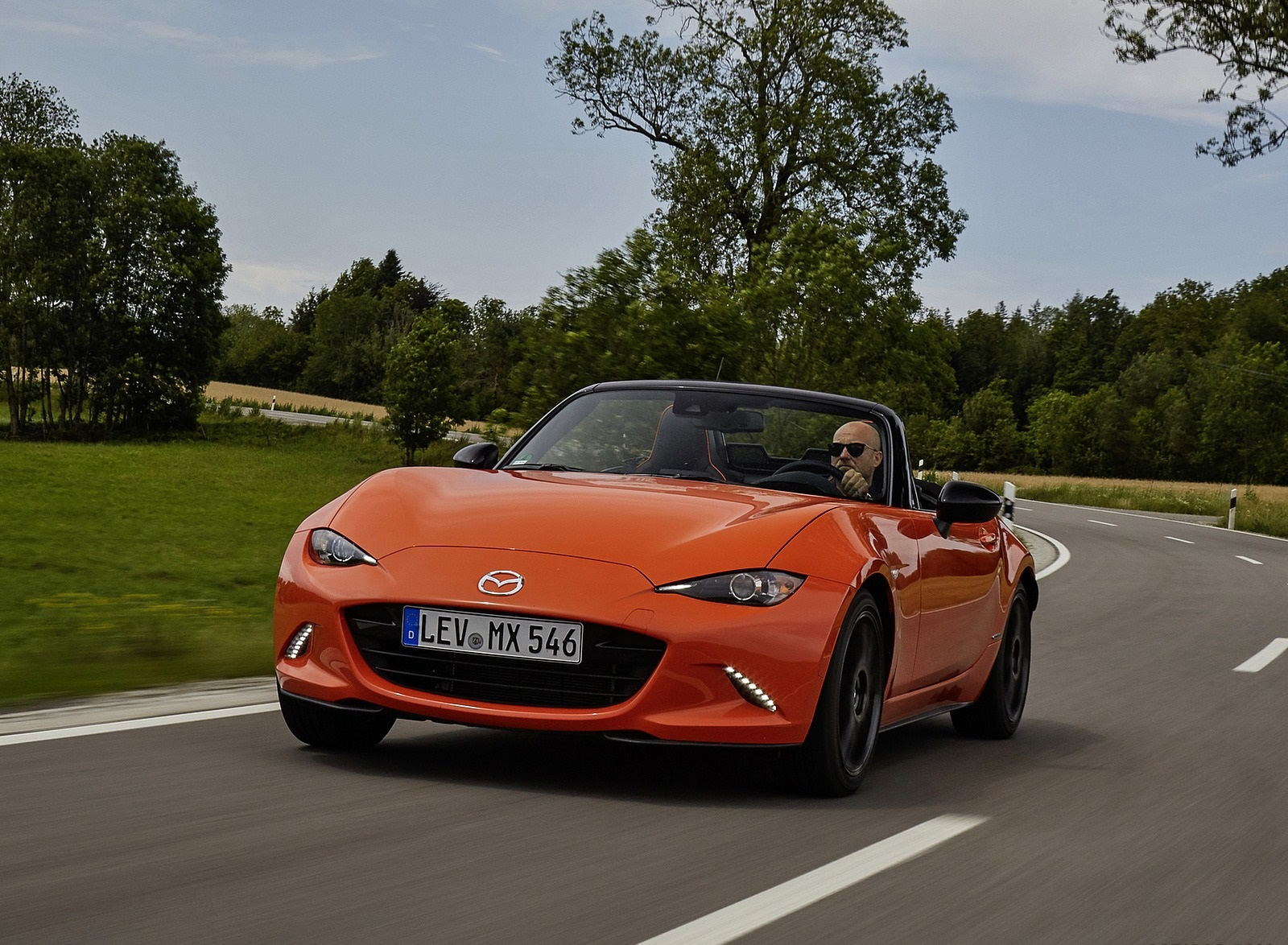 2019 Mazda MX-5 Miata 30th Anniversary Edition Front Wallpapers (12)