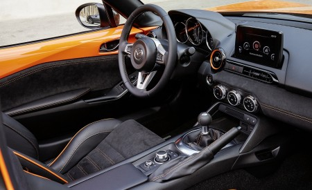 2019 Mazda MX-5 Miata 30th Anniversary Edition Interior Wallpapers 450x275 (75)