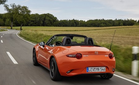 2019 Mazda MX-5 Miata 30th Anniversary Edition Rear Wallpapers 450x275 (45)