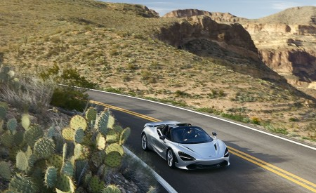 2019 McLaren 720S Spider (Color: Supernova Silver) Front Wallpapers 450x275 (18)