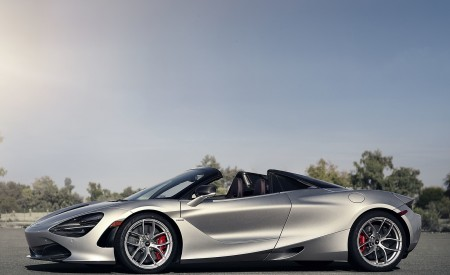 2019 McLaren 720S Spider (Color: Supernova Silver) Side Wallpapers 450x275 (25)